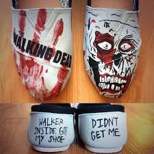 104 best the walking dead images on pinterest costumes