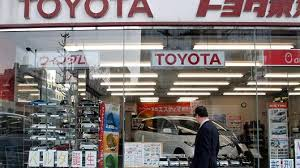 toyota dealer japan toyota plans big cuts to its model lineup in japan source says