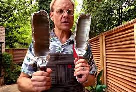 Alton Brown Kitchen Gear by 12 Brilliant Kitchen Hacks Made Possible With Aluminum Foil Food