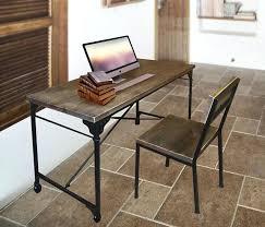 bureau fer forgé bureau fer et bois bureau 2 tiroirs fer dacpoli et lattes de bois de