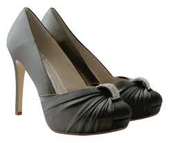 grey bridesmaid shoes pewter wedding shoes wedding corners