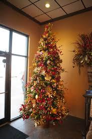 tree show me decorating
