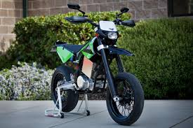 electric motocross bike ktm brammo launches dirt bike product line features integrated