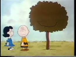 snoopy tree brown and snoopy show kite tree