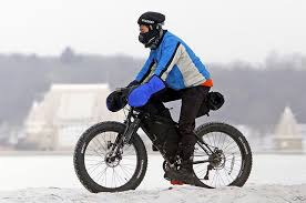 make the switch from car to bike commute this winter here s how