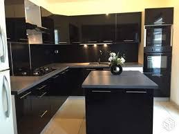 cuisine laqué noir cuisine laque peinture noir laque pour meuble cuisine