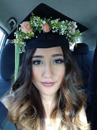 nursing graduation hairstyles with cap festival beauty 3 last minute hair ideas flower crowns crown and cap