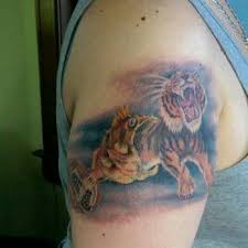 twisted images 17 photos u0026 21 reviews tattoo 1223 bardstown