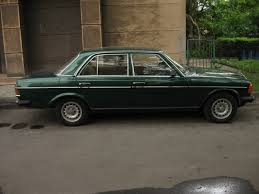 green mercedes file green mercedes benz w123 in kraków 4 jpg wikimedia commons