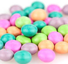 pillow mints mints chocolates nuts