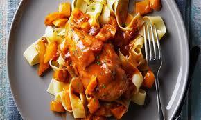 cuisiner haut de cuisse de poulet poulet style sud ouest facile à préparer mijoteuse le poulet