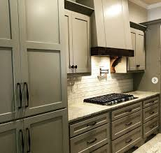 photos of shaker style kitchen cabinets 20 ways to make shaker cabinet doors and style your kitchen