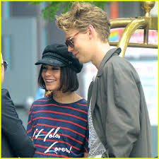 vanessa hudgens reunites with austin butler after he wraps