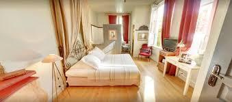 chambre d hotes la rochelle pas cher chambre insolite la rochelle la maison du palmier vieux port tarifs