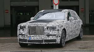 roll royce wraith interior 2018 rolls royce phantom interior photos reveal a digital dash
