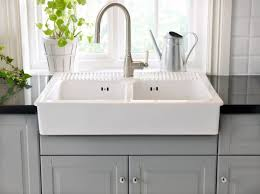 spüle küche die besten 25 küchenspüle keramik ideen auf keramik