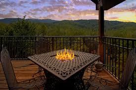 Cabins For Rent Whispering Creek Cabin In Gatlinburg Elk Springs Resort