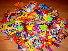halloween cany counterpoint it u0027s not just ok to throw out halloween candy it u0027s