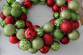 diy ornament wreath 30