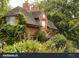 Giethoorn Homes For Sale by Victorian Cottage Beside River Thames Lock Stock Photo 83917573