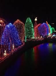 garvan gardens christmas lights 2017 15 best holiday light displays in the usa macaroni kid