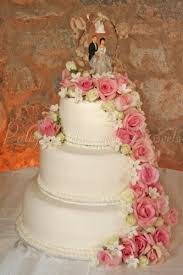 gorgeous pink wedding cakes