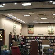 Barnes And Noble Braintree Mass Barnes U0026 Noble Booksellers 66 Photos U0026 15 Reviews Bookstores