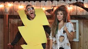 Inappropriate Halloween Costume Ideas 50 Minute Couples U0027 Halloween Costumes Don U0027t