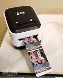 photo booth printer diy wedding photo booth she uses a small smart phone picture
