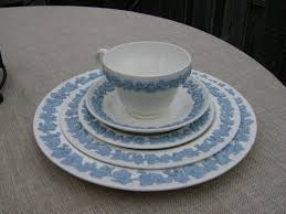 how to identify and value wedgwood china a handy guide dusty