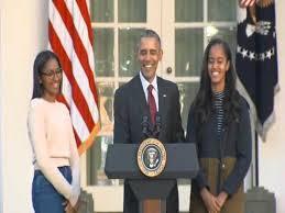 president barack obama pardons a turkey for thanksgiving 2015