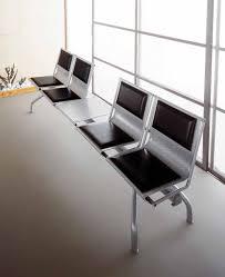 sedute attesa sedute su trave per sala attesa tavolino acciaio