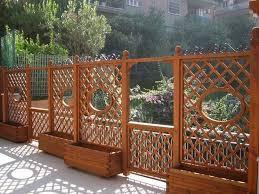 ringhiera in legno per giardino grigliati in legno per balcone grigliati per giardino griglie