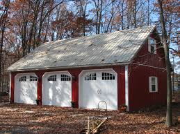 detached garage with apartment 3 overhead doors on this 32x40 carriage barn garage dream yard