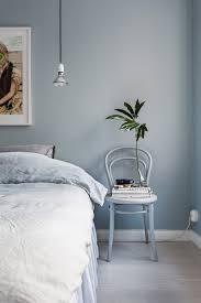 chambre gris bleu 8 idées pour adopter bleu gris couleur de l ée 2017 selon
