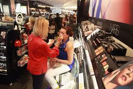 Makeup Classes In Nyc Sephora Wants You To Learn U0027no Makeup Makeup U0027 For Free