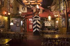 themed house america s craziest themed restaurants travelnerd