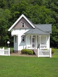 Victorian Cottage For Sale 452 sq ft tiny victorian cottage