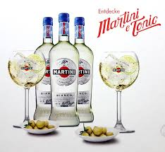 martini bianco glass set 3x martini bianco 75cl 14 4 vol 2x gläser 2x schalen