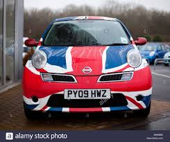 nissan micra japanese import a british made nissan micra painted in a union jack stock photo