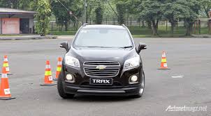 mitsubishi expander hitam first impression and test drive review chevrolet trax ltz 1 4