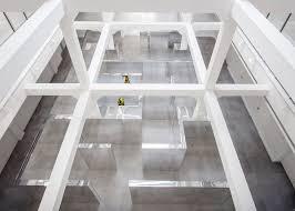 john miller u0027s lost maze in miami disorientates visitors