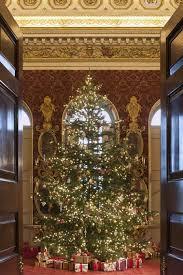 Elegant Christmas Decor Uk by 27 Best Country House Christmas Images On Pinterest Chatsworth