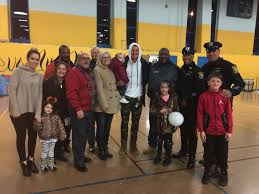 thanksgiving meals in nyc former ny giant steve weatherford and the shauger group provide