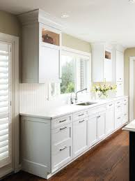 Shaker Style Doors Kitchen Cabinets Furniture Trendy Cabinet Style Brown Wooden Kitchen Cabinets