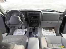 classic jeep interior 1998 jeep cherokee classic 4x4 mist gray dashboard photo 45043445