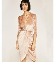 robe beige pour mariage robe de soirée pour mariage 20 robes pour être une invitée stylée