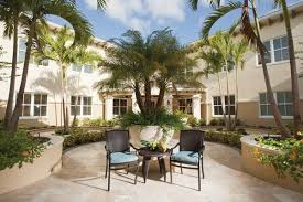 the estate at hyde park ta fl with 10 reviews