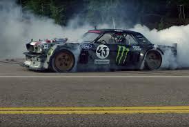 hoonicorn v2 gymkhana 10 video trailer verspricht fünf drift autos