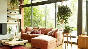 canapé petit salon aménager un petit salon conseils plans décoration côté maison